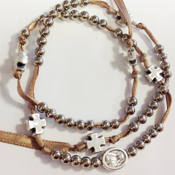 rosary bracelet  Bracciale rosario 5 decine con croci e madonna