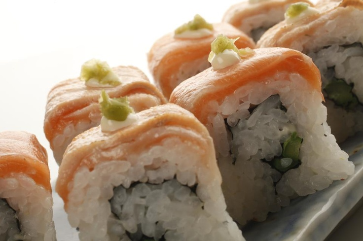 #urumaki #sushi #food #foodporn #yum #yummy #amazing  #photooftheday  #dinner #lunch #breakfast #fresh #tasty #food #delish #delicious #eating #foodpic #foodpics #eat #hungry #foodgasm #hot #foods