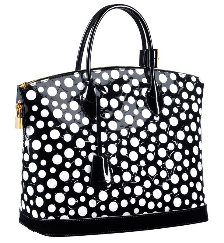 I want this Louise Vuitton/Kusama bag for Christmas! Please!