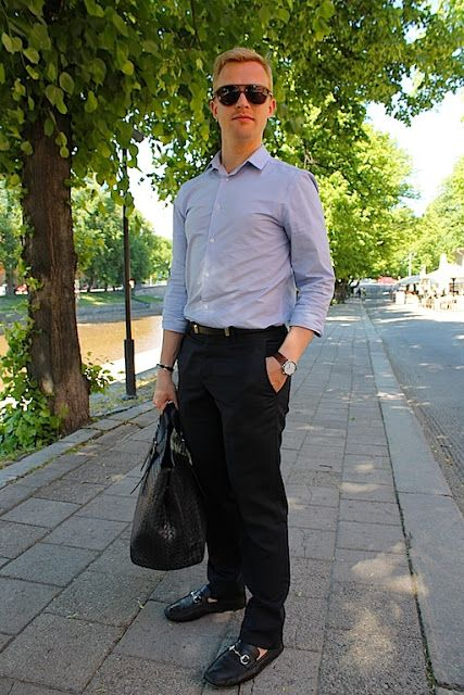 Summer look. Hermès, Bottega Veneta. Gucci.
