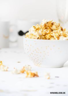 healthy popcorn recipe with coconut oil and honey