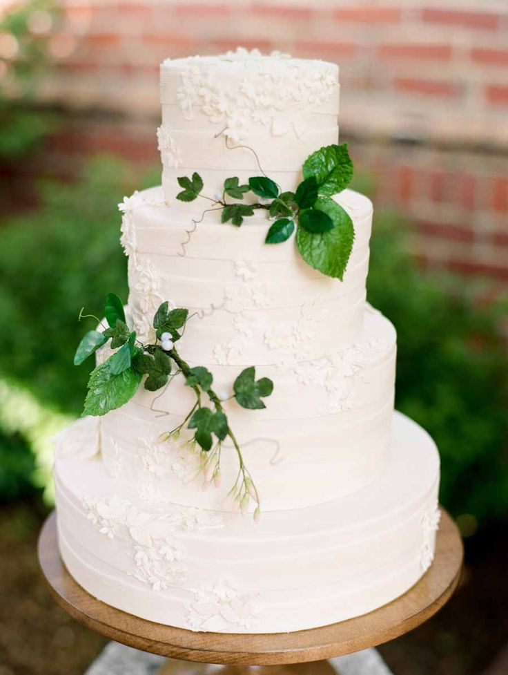 english wedding cakes recipes greenery on wedding cake greenery cake and wedding 14026