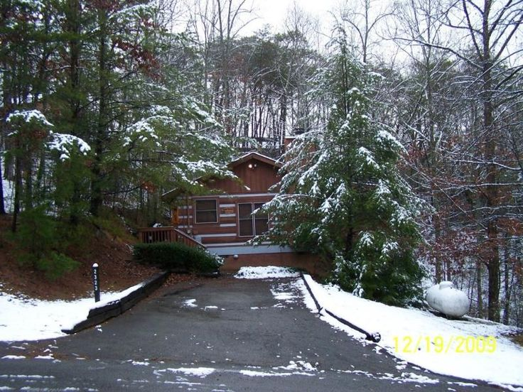 Time Away Cabin Only 5 1/2 miles from Pigeon Forge. Sevier County vacation rentals. Our cabin is located only 5 1/2 miles from Pigeon Forge, TN off of Wears Valley Rd. Rates: There is a 2 night minimum. $80.00 a night plus 12.75% Taxes $65.00 Cleaning Fee Call for week