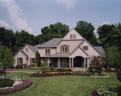 Luxurious Amenities Make Living In This Country Style Home A True Pleasure. Country  House Plan