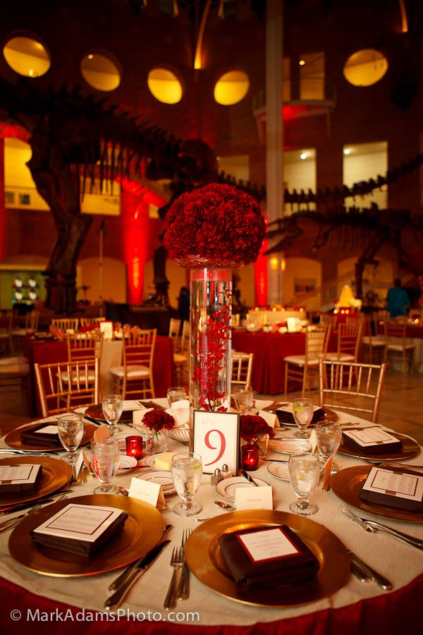 Red Gold White Wedding Decor Ideas