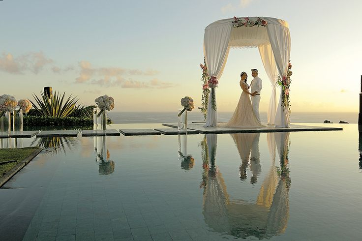 Resort weddings! 10 of the best celebrations from Her World Brides