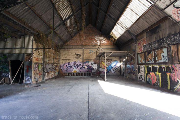 Street Art dans le garage abandonné de Doel