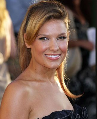 I went back to my life in L.A., and I was really concerned with what Callies answer was going to be [to Jims marriage proposal], Kiele Sanchez says of continuing her role on A The Glades.