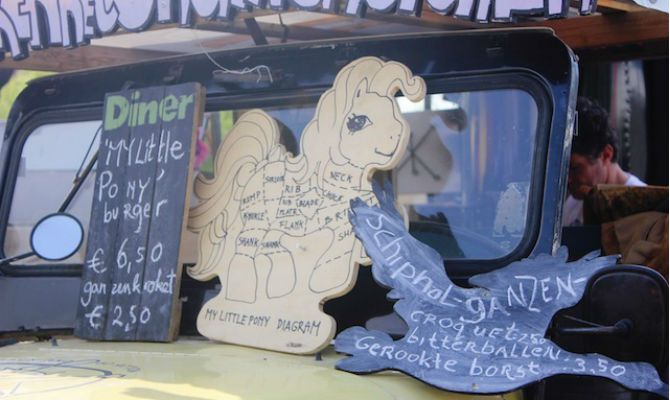 Amsterdam Food Truck Sells Pigeon, Pony, and Other 'Unwanted' Meat