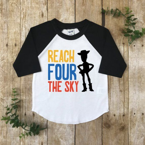 Official Toy Story Woody /& Buzz Ball Children's Personalised Birthday T-Shirt