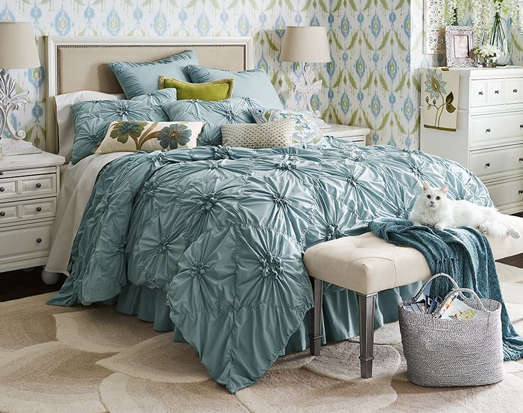 Our Ruched Blue Bedding Gathers Crisp Cotton In A Pattern Of Flowers On A  Field Of Diamonds. Inside Ties At All Four Corners Keep Your Duvet From  Shifting, ...