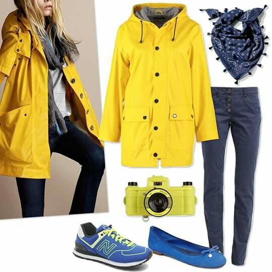 Impermeabile giallo