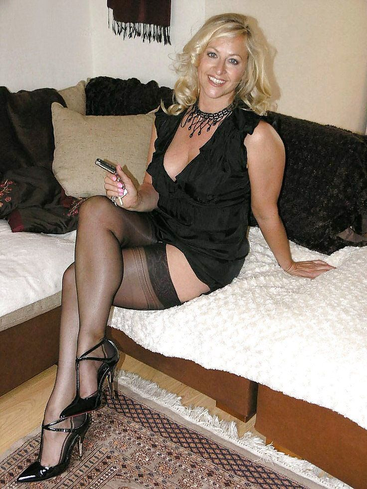 Pantyhose mature sex blonde