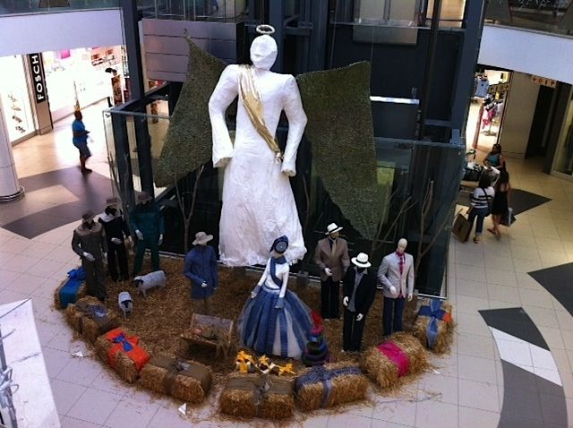 Shweshwe Nativity Scene with life size figures at Tyger Valley Centre in Cape Town. Stunning!