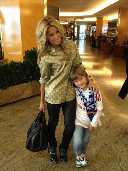 Sylvie mit ihrem Sohn