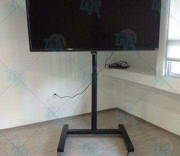 PEDESTAL MOVIL PARA PANTALLAS LED, LCD, PLASMA – TODO DE METAL