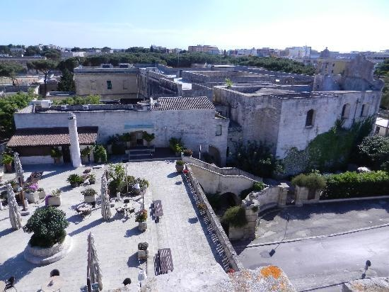 Wow Lecce! View of Torre del Parco - 1419: Main body of the hotel