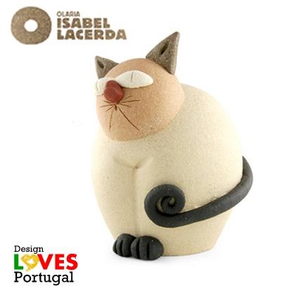 Com um público cada vez mais exigente, o artesanato da Olaria Isabel Lacerda prima pela criatividade dos seus produtos e por colecções de grande qualidade.  http://www.isabellacerda.pt  https://www.facebook.com/olaria.isabel.lacerda