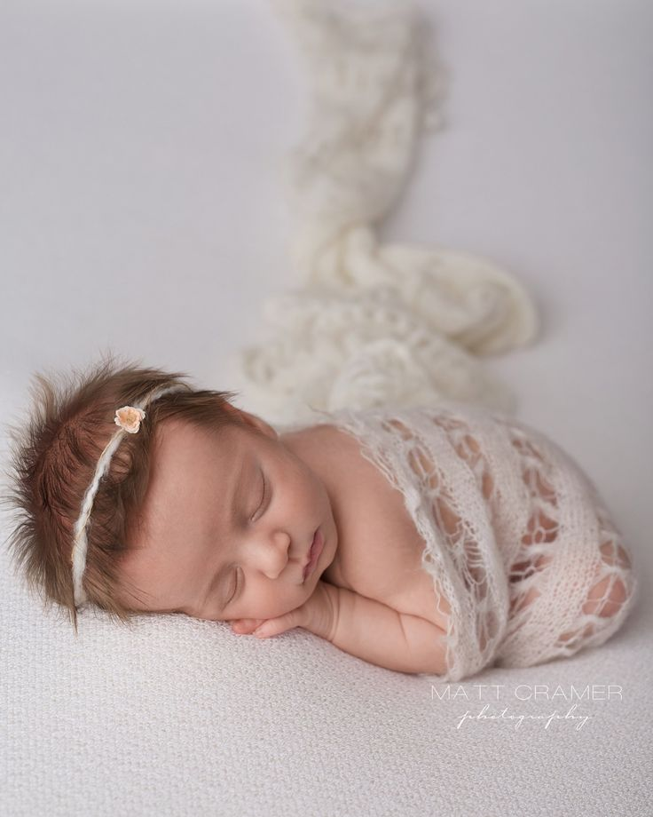 Los angeles newborn photographer baby photographer matt cramer photography organic textured headband