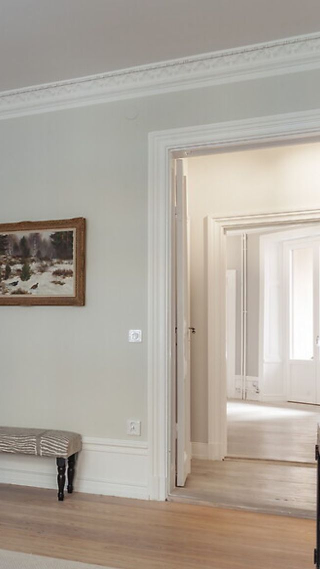 Dörröppning sekelskifte nyanserat grå