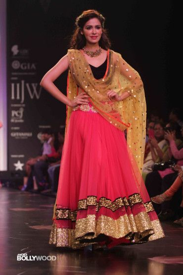 Beautiful and simple lehenga