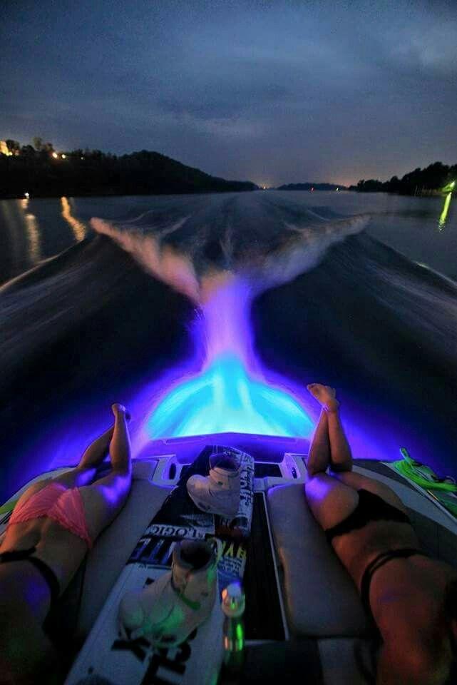 SICK boat lighting! Boats : Fosterginger @ Pinterest