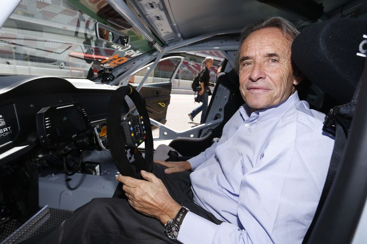 Jacky Ickx, former F1 driver in the SEAT Leon Cup Racer