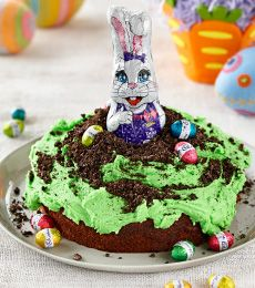 The #chocolate bunny has popped up from his burrow - a favourite chocolate #cake! This is sure to be a hit at your #Easter party. For more of our CADBURY Sprinkles Recipes visit https://www.cadburykitchen.com.au/search/results/12b1a4e5934620f702e375aba4f19149/