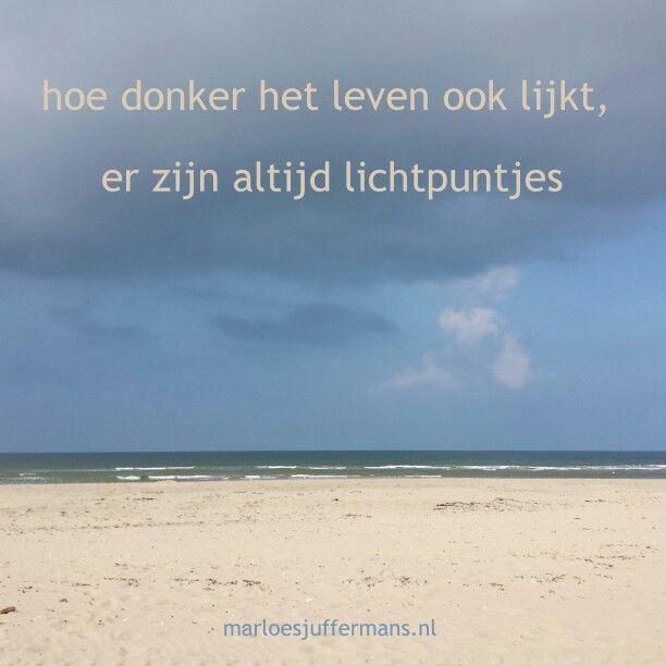 Lichtpuntje van de week #38: Naar het strand met een vriendin. Wat was jouw #lichtpuntje van de week? Voor meer #lichtpuntjes zie http://www.marloesjuffermans.nl