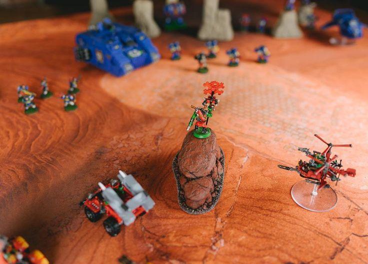 Ultramarines encounter Ork scouts on Purgatory... #wh40k #warhammer #tabletop #terrain #game #warhammer40000 #miniatures #wargaming #narrative #gamestagram #gamemats #battlemats