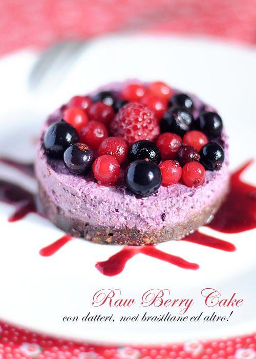 Raw Cake ai frutti di bosco ~ fiordizucca - cibo, ricette, viaggi, travel, recipes, food, italian and international