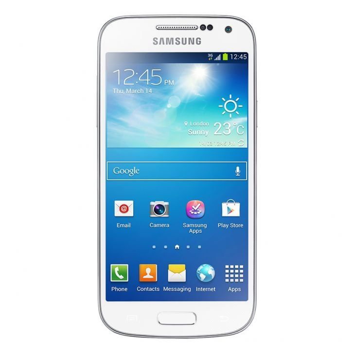 "Samsung Galaxy S4 Mini 8 GB in white. 4.3""  super amoled qHD screen, dual-core processor  with Android 4.2 Jelly Bean. http://www.zocko.com/z/JHlfE"