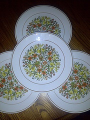 My new favorite pattern... Vintage Indian Summer by Corelle