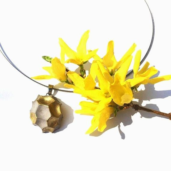 Concrete necklace Capricious summer full of gold