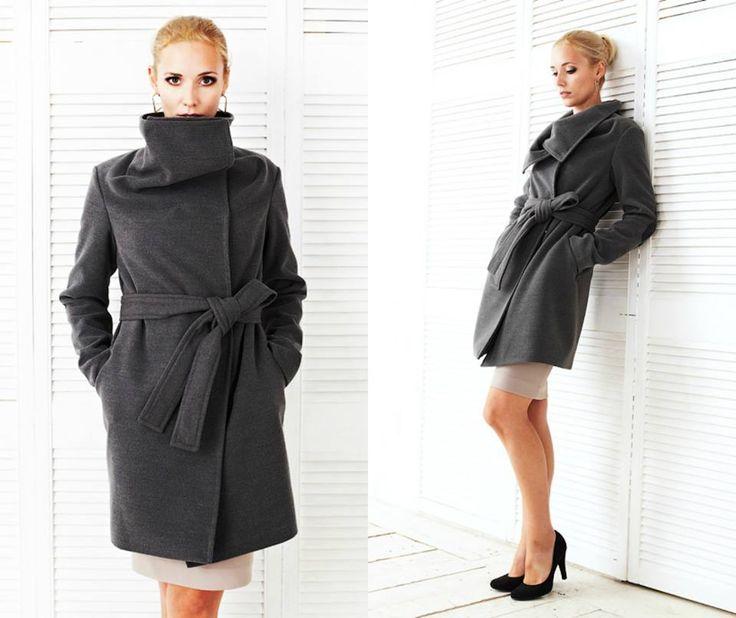 Пальто - эта одно из самых необходимых, любимых и элегантных вещей в гардеробе! В нашем шоу-руме Вы найдете свое идеальное пальто! Мы поможем Вам подобрать модель, цвет и скорректировать модель по фигуре! На фото: Пальто Алекса серого цвета - возможны цвета красный, горчичиный, черный, пудра) Цена 8900, размеры 40 - 48 На сайте http://www.fedorastudio.ru/shop/section/list/ru.2877...
