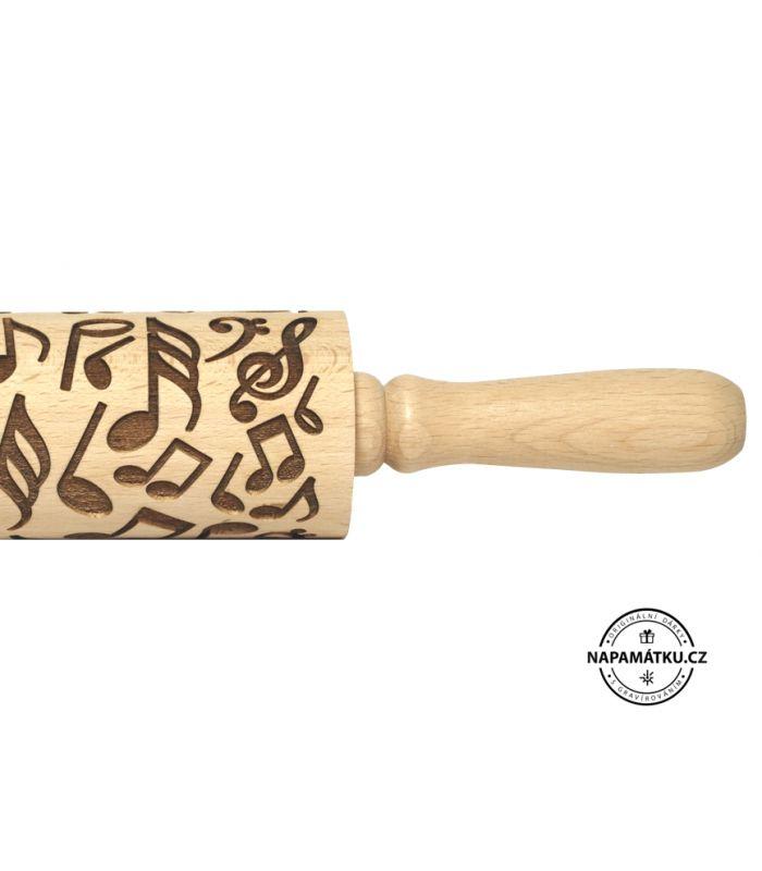 Malýembosovaný váleček na těsto se vzorem houslového klíče a not. Stačí jen otisknout vzor/motiv a originální dobroty jsou na světě/ stole. Délka těla: 11 cm Výroba: skladem, nebo do 3 pracovních dnů