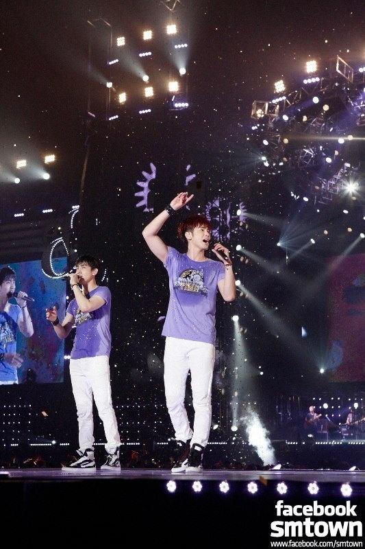 TVXQ Breaks Records in Nissan Stadium