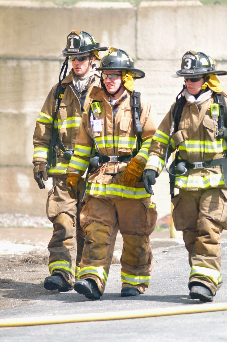 IFA Company One Firefighter Sam Phoebus (L), Company Four Firefighter Jack Haney (M) and Company Three Firefighter Cate Hazenstab conducting a 360.