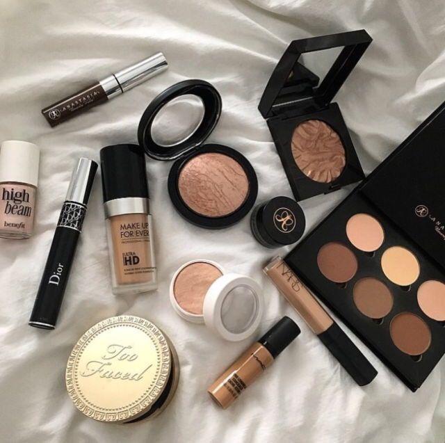 Anastasia Beverly Hills, Benefit Cosmetics, Too Faced ✨ Pinterest: @framboesablog