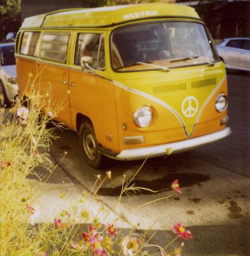 I think I'll paint a picture of this van and hang it on the wall. Perhaps I'll do one for each season? Ooh. Green in the spring. Yellow in the summer. Orange in the fall. Blue in the winter. Ideas.