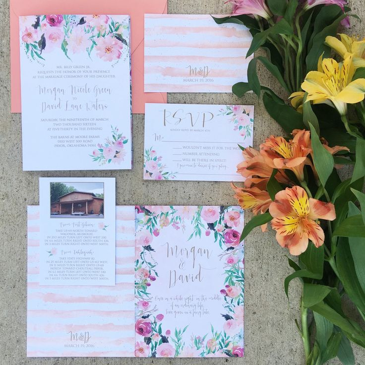 Have you ever considered a folded #weddinginvitation ? Such a unique idea! If you can dream it we can design it! #customweddinginvitation #weddingstationery #texaswedding #dallaswedding #invitations #stationeryaddict #weddingideas #weddinginspiration