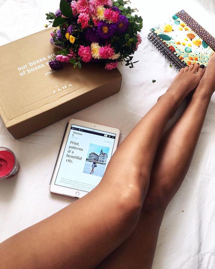 "183 aprecieri, 4 comentarii - ⠀⠀⠀⠀⠀⠀⠀⠀🌸SIMONA TINCA 🌸 (@simona_tinca) pe Instagram: ""Finally it is here 🔥 Zara goodies, autumn flowers 💐 & a new blog post 🔛💻. You can find the link in…"""