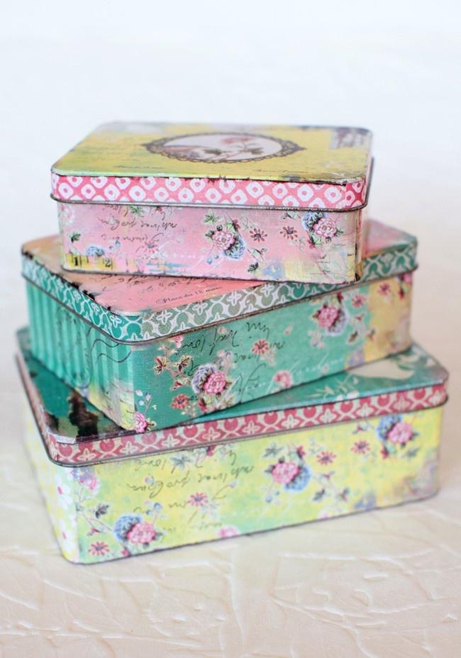Le Jardin D'emilie Tin Set: Storage Boxes, Vintage Tins, Shabby Chic, Colors Schemes, Old Tins, Tins Boxes, Vintage Home Offices, Vintage Inspiration, Retro Vintage