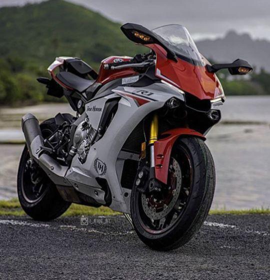 The new Yamaha r1