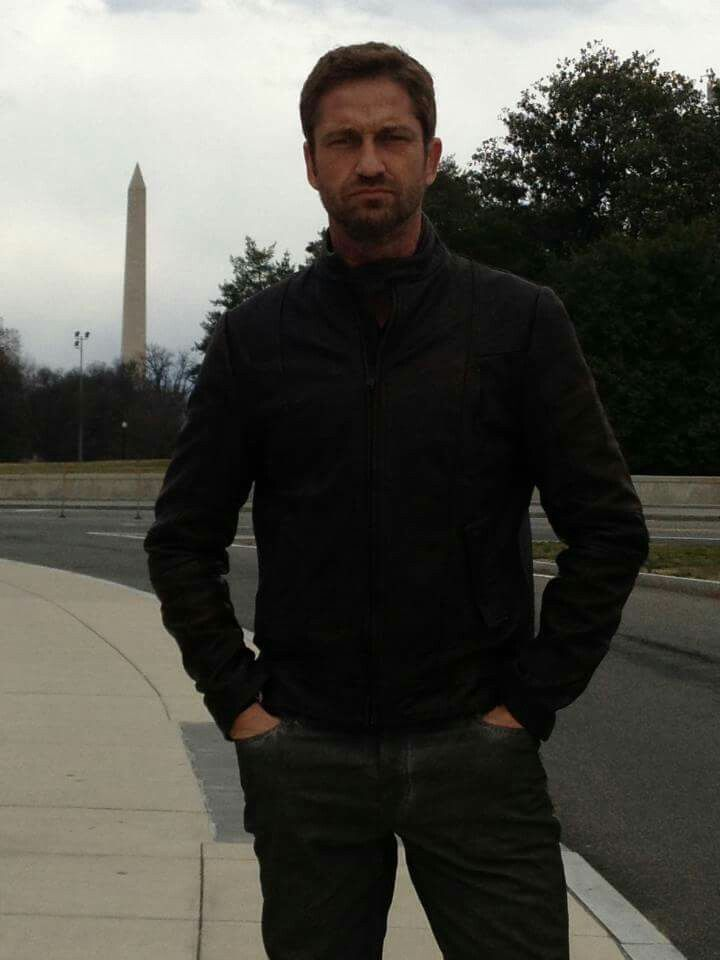 1000 Images About Gerard Butler Sexy On Pinterest