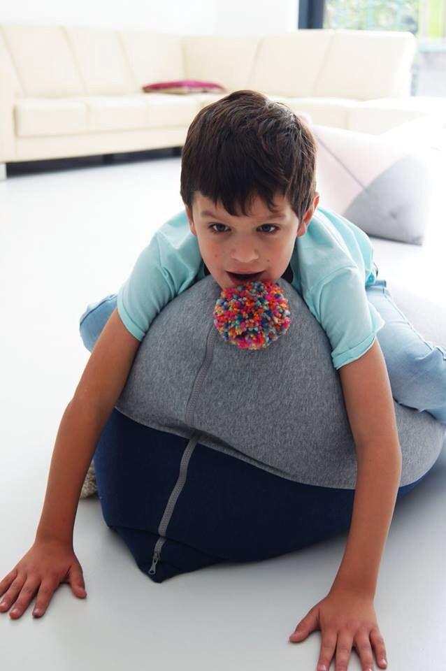 Kids pouf