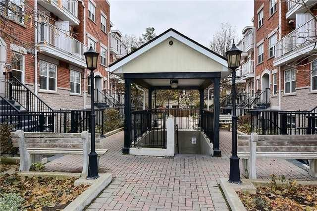 Two bedroom Townhouse in Toronto Great New Townhouse, Two Big Bedroom, All Utilities and wifi available. 5 min walk away from the new line 1 keel station Near York University. Please call (416) 606-3661 Please email Swimtoday@outlook.com http://bit.ly/2kPWGZt  https://uoftoronto.offcampuslistings.com/ads/two-bedroom-townhouse-in-toronto/