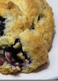 Homemade Blackberry Scones Recipe (looks perfect for the small handfuls I've been picking from my yard)