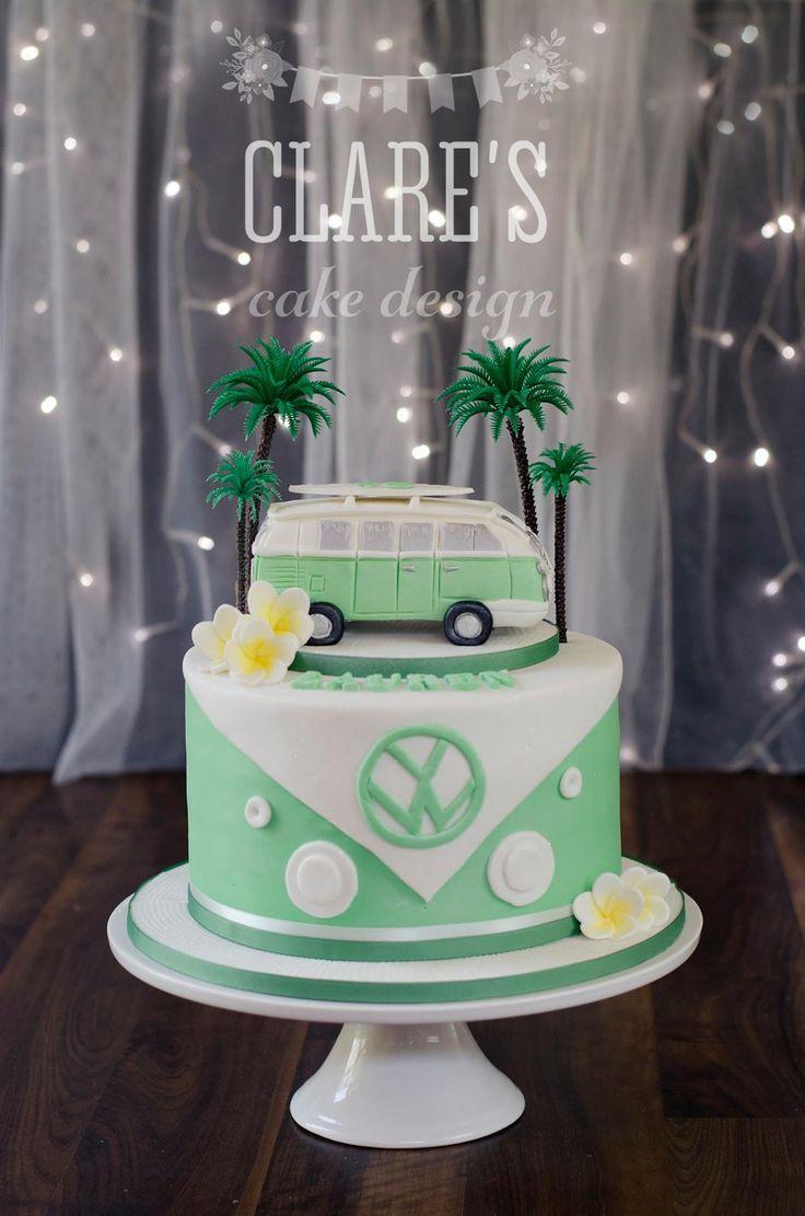 Eine von Kombi inspirierte Torte mit handgefertigtem … – Clare's Cake Design   – Bulli & Käfer♥️