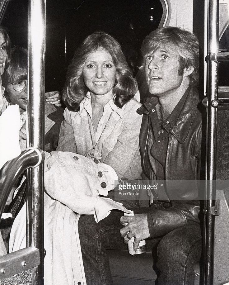 Robert Redford with wife Lola and John Denver